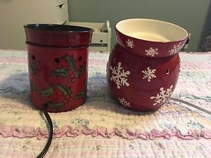 2 Christmas scentsy  burners 25.00 each