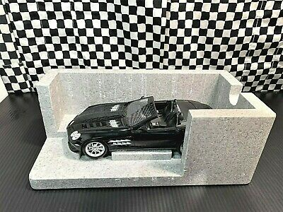 Paul's Model Art Mercedes-Benz SLR McLaren Roadster -Dealer Edition- 1:18 Boxed