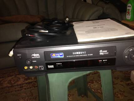 Samsung VHS Video Recorder Player.
