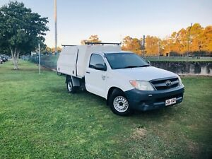 Toyota Hilux Workmate Manual (Warranty Rego RWC) Holland Park West Brisbane South West Preview