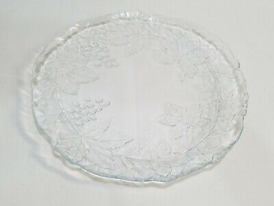 VINTAGE CLEAR GLASS CAKE SERVING PLATE EMBOSSED WITH GRAPES AND LEAVES