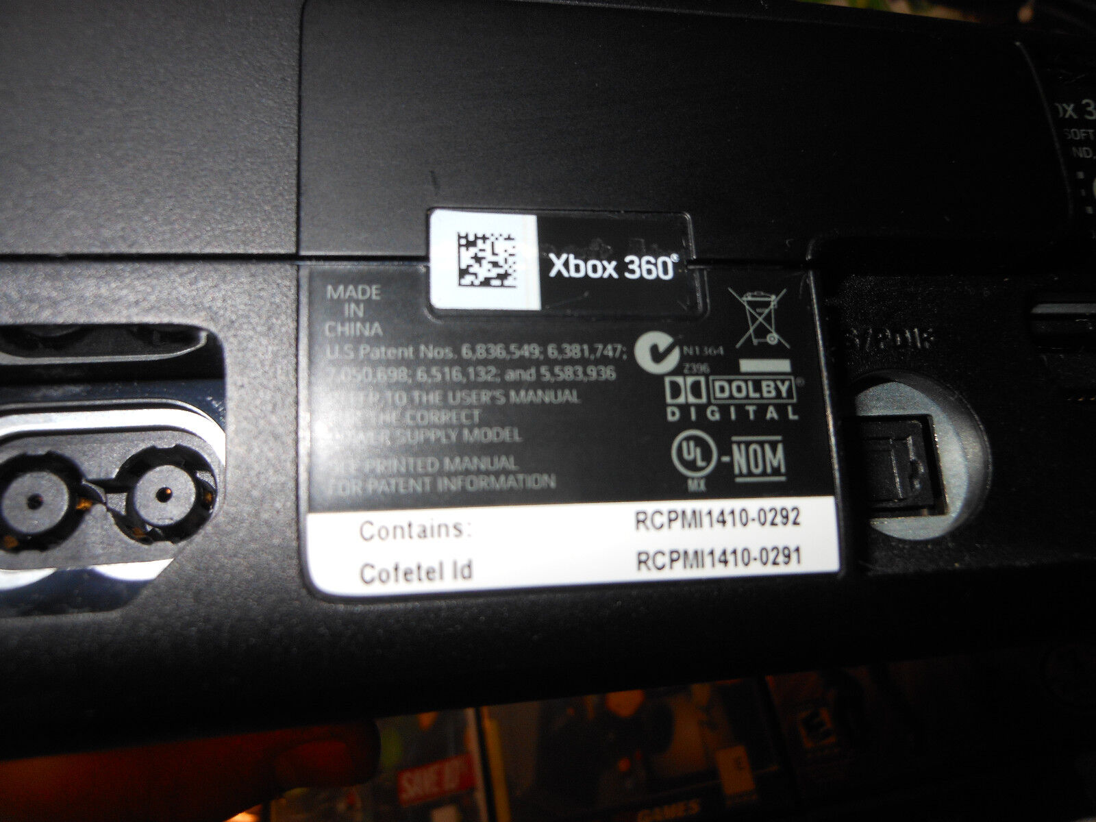 Microsoft Xbox 360S 250 GB Bundle: Kinect Holiday Bundle Huge Lot Excellent Cond
