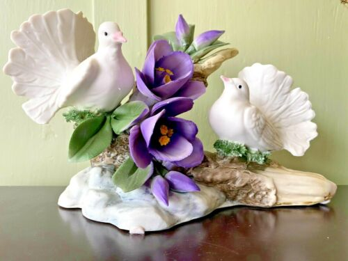 Beautiful Vintage Capodimonte Porcelain Made in Italy Doves & Flowers Crown N