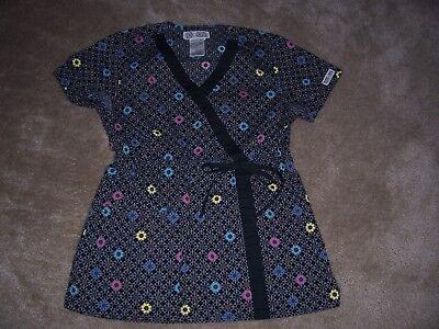 Cherokee Floral Uniform (CHEROKEE BODY Black Floral Uniform Scrub Top Size XS)