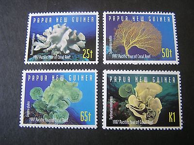 - PAPUA NEW GUINEA, SCOTT # 924-927(4),1997 COMPLETE SET CORAL REEF ISSUE MNH
