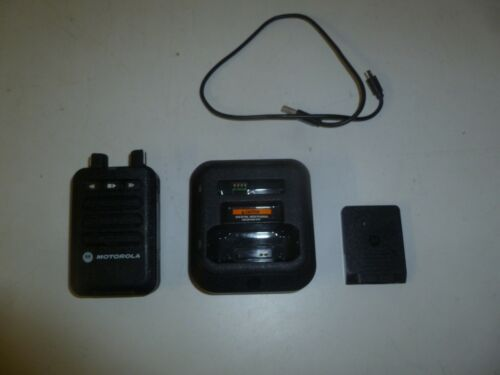 Motorola Minitor VI 143-174 MHz VHF 5 Channel Fire EMS Pager w Battery & Charger