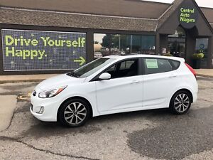 2017 Hyundai Accent SE / SUNROOF / 16 ALLOY RIMS / FOG LIGHTS