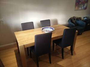 Beautiful Dining Table with 4 chairs - Mosman Mosman Mosman Area Preview