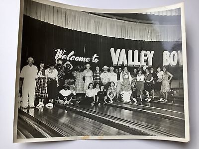 Vintage 1950s Womens Bowling League Halloween Party Black White Photo 8 X 10 (1950s Halloween Party)