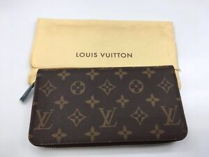 Authentic Louis Vuitton Monogram canvas Zippy Wallet