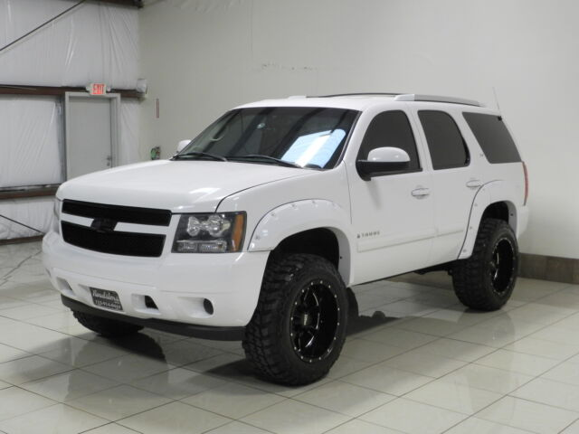 Chevrolet Tahoe Lifted 4x4 White 1gnfk13077r191113