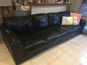 Black leather sofa set Frankston South Frankston Area Preview