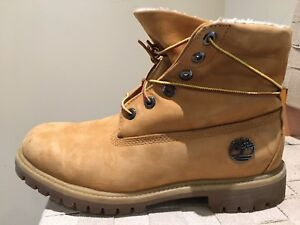 Timberland boots size 9M - as new