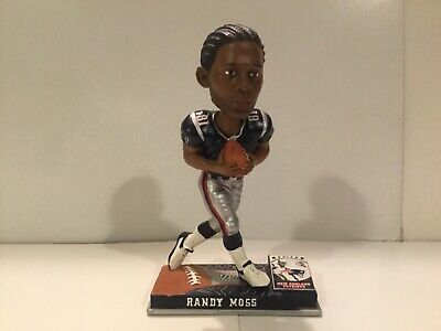 Forever Collectables Randy Moss #81 New England Patriots 7
