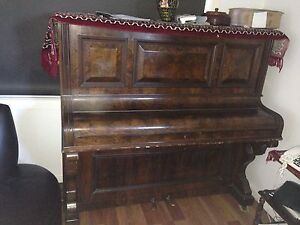 Piano Cardiff Heights Lake Macquarie Area Preview
