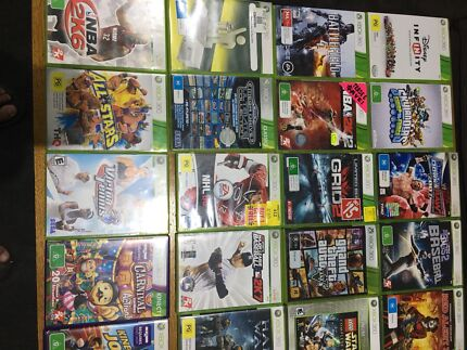 XBOX360 +32 games including 6 Kinect games