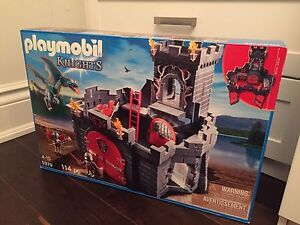 PLAYMOBIL #5979  KNIGHTS CASTLE