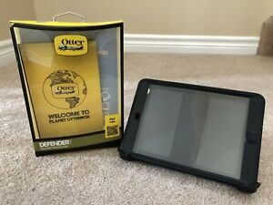 BNIB iPad mini 1/2/3 Otterbox