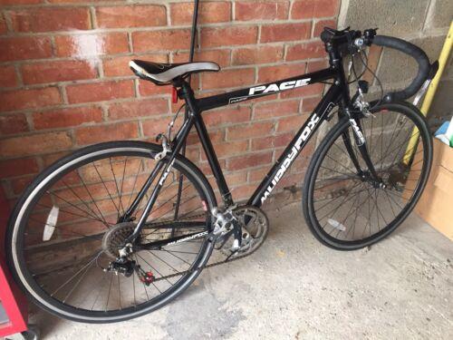 ****** Mens Muddyfox Pace 1.0 Bicycle - Good Condition - Black / White *********