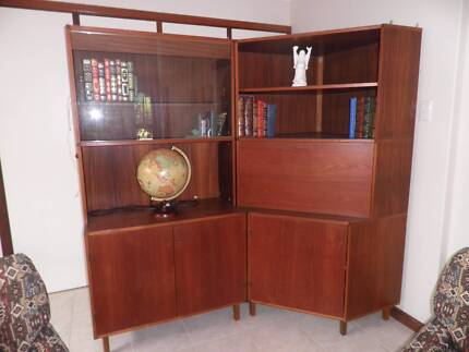 Teak veneer modular bookcase/cabinet corner unit