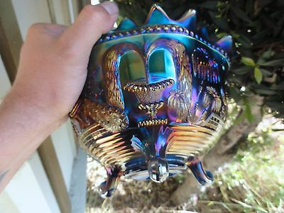 NORTHWOOD RARE SAPPHIRE BLUE PEACOCKS AT THE FOUNTAIN FRUIT BOWL - HTF - PERFECT