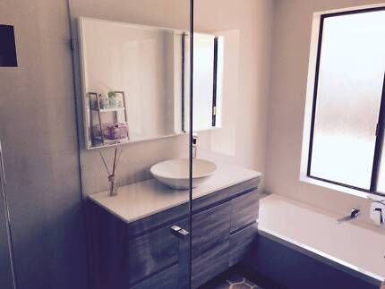 AVAILABLE NOW! Large room with bills included