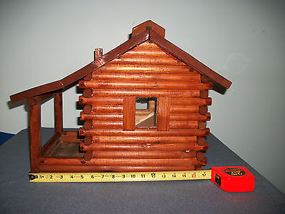 NEW!! LARGE HAND CRAFTED HANDMADE LOG CABIN STYLE BIRD SEED FEEDER Redwood Stain