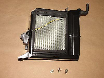 1997 1999 Mitsubishi Eclipse All  AC Evaporator Core  Box  OEM