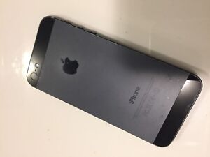 iPhone 5 - 16GB use on Roger's or Chatr