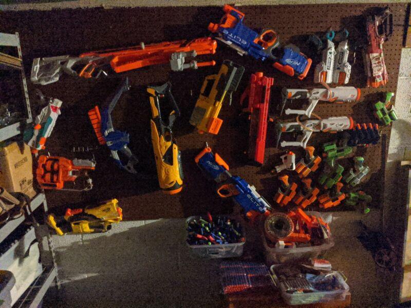 Nerf Guns Pile Loot