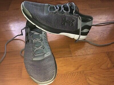 VGUC mens 10 UNDER ARMOUR gray CHARGED  SPEEDFORM athletic running shoes