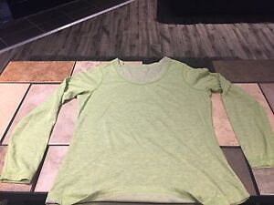 Eddie Bauer Women's Green Long Sleeved Shirt For Sale