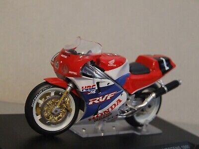 1:24 Scale Honda RVF 1990 Le Mans winners  Vieira / Mattioli / Mertens