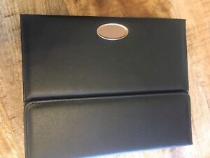 Keyboard/leather case for iPad