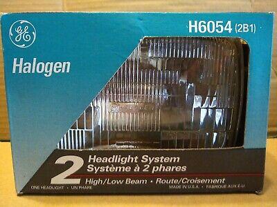 Headlight System GE Halogen Lighting H6054 New In Box