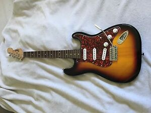 Squired strat by Fender