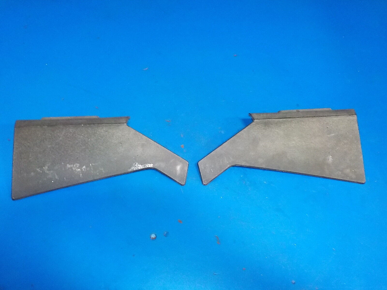 SKIDOO SUMMIT X 800R 2009 LEFT & RIGHT TANK SIDE COVERS  , GOOD USED