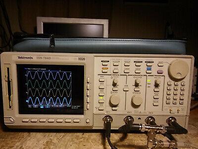 Tektronix Tds784d 1ghz 4gsas Oscilloscope 05 13 1f 2m 2f Hd 2c Jit Eye Cem More