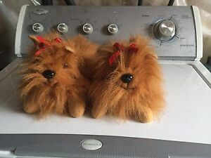 Girls puppy slippers size 13/1.