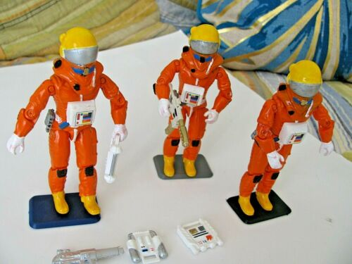 """CUSTOM SPACE 1999 (3) Diff 3.75"""" ACTION FIGURES Mattel Eagle 1 Weapons Set #202"""