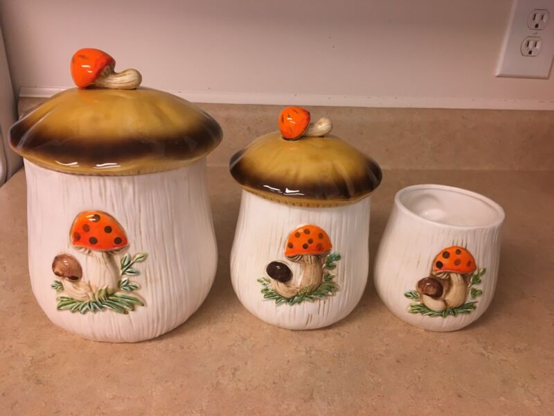Merry Mushroon Canisters