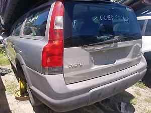 WRECKING* volvo cross country 2001 5D wagon auto 2.4L Tuggerah Wyong Area Preview