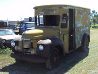 Miniature 1 Voiture Américaine de collection International Harvester  1948