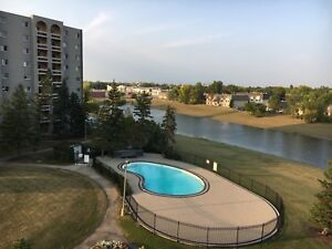 1 room for rent in a 2 bedroom Condo October 1st