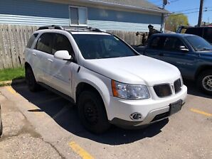 2006 clean Pontiac Torrent Certified Only 143,000kms