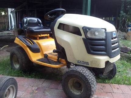 Cub Cadet Greenfield ride on mower tractor swap/trade