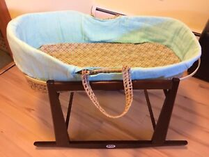 Moses basket with rocker stand