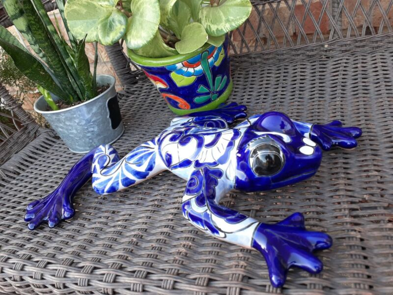 """Mexican Talavera Yard Garden Art Pottery Blue and White Frog 16"""" Handpainted"""