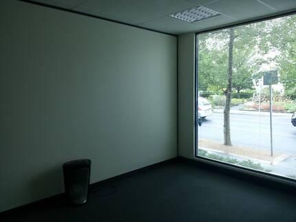 DELIGHTFUL CONSULTING  ROOM FOR LEASE - PREMIUM LOCATION