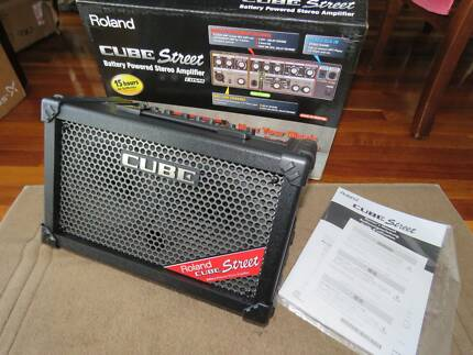 Roland Cube Street Portable Amp BRAND NEW Black with effects
